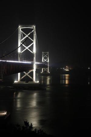 大鳴門橋の夜の顔も素敵です。