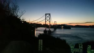 【本店】あわじ島バーガーを楽しんだ後は、いろんな顔をもつ大鳴門橋も、楽しもう!